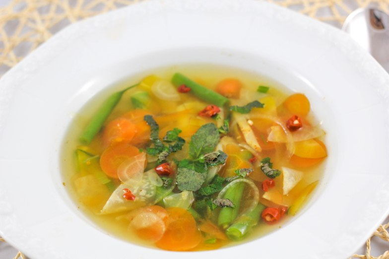 sour-spicy vegetable soup