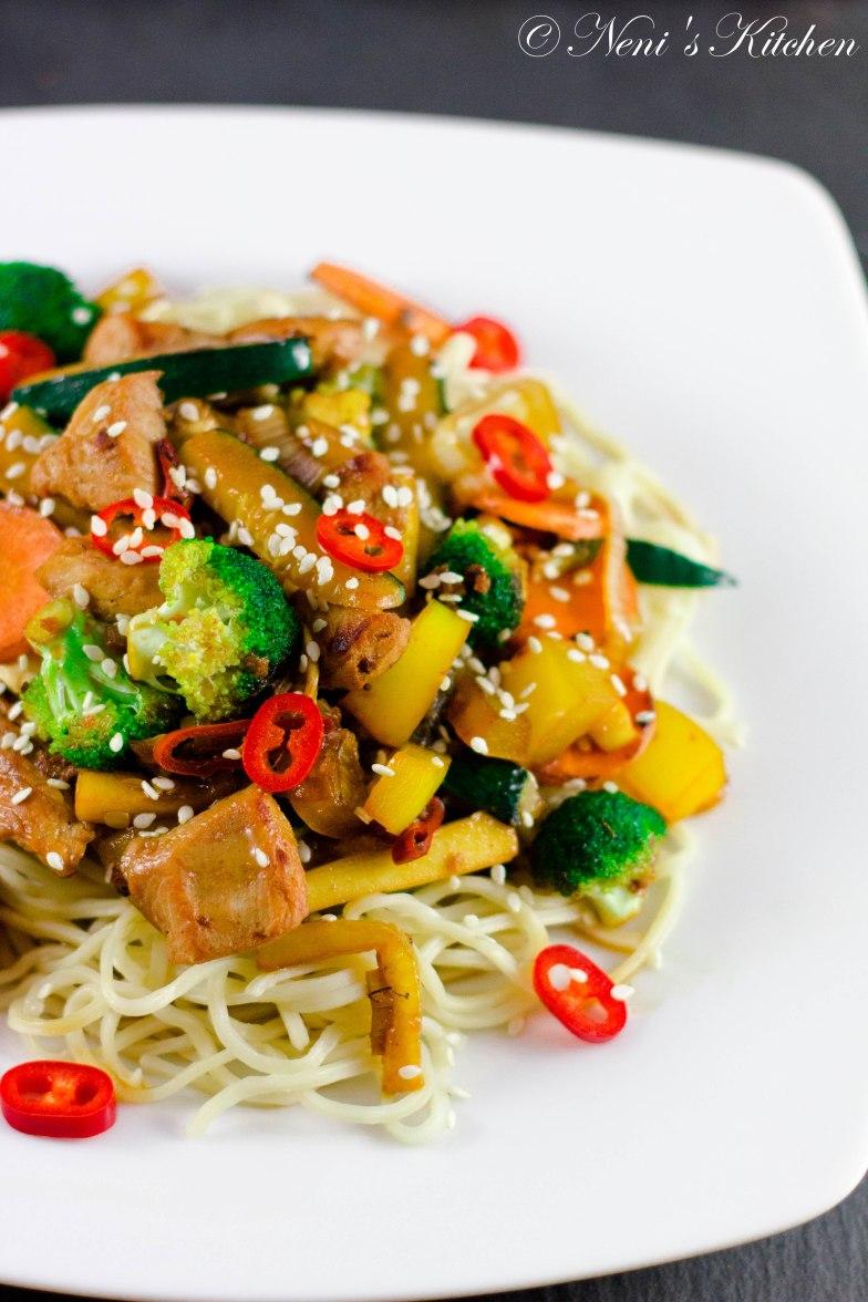 ginger&soy turkey vegetable stir fry (1 von 1)-3