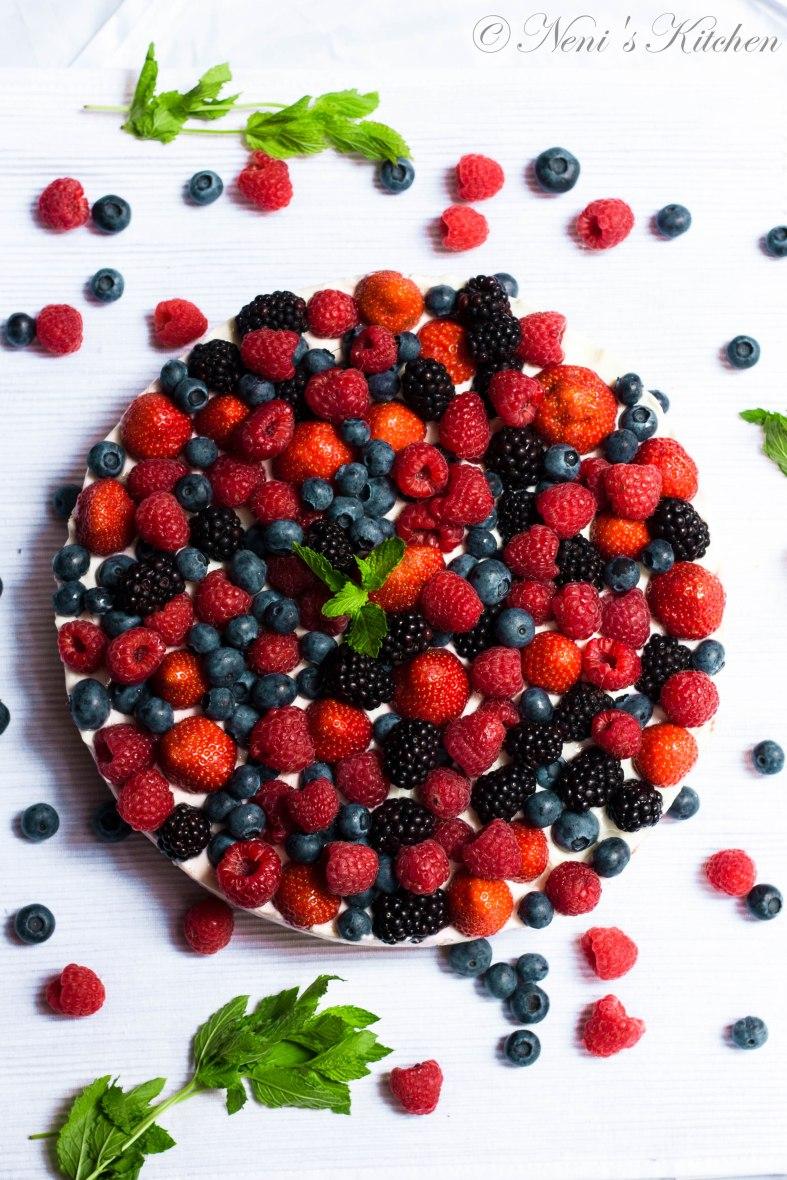 berry cheesecake summer recipe