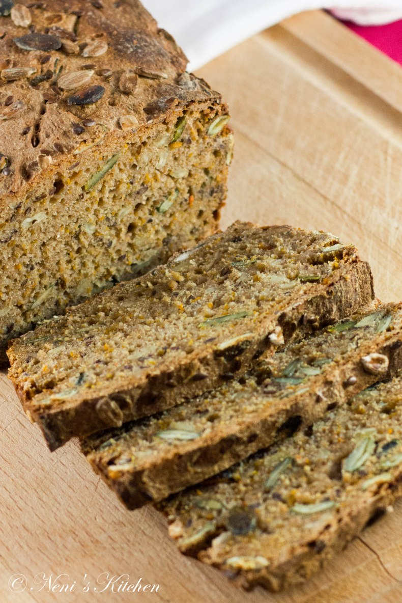 rye bread super seeds