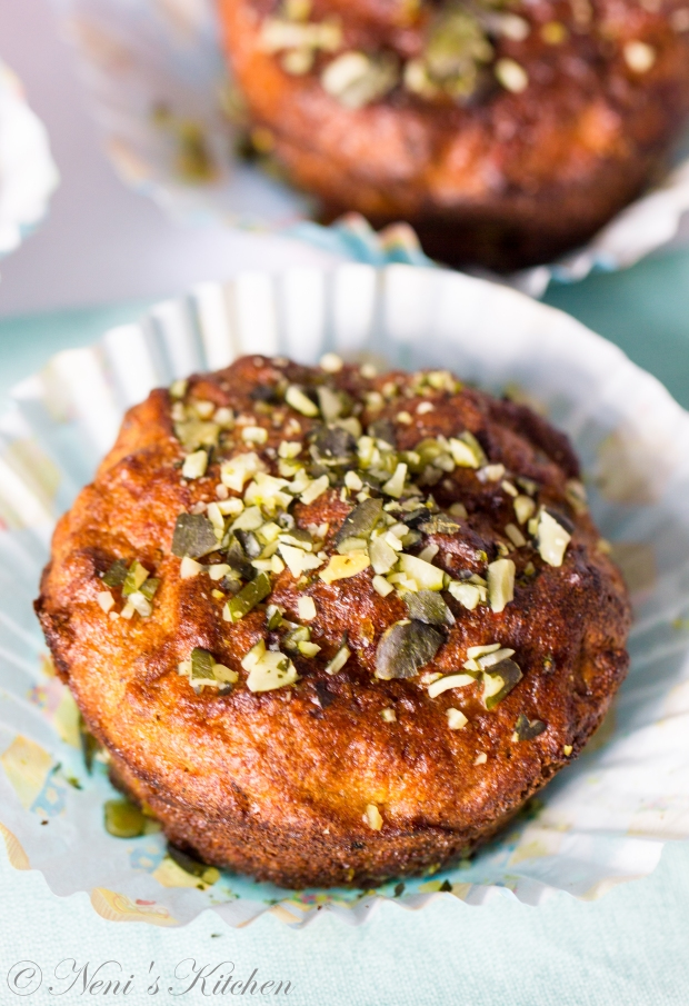 oh-so-healthy carrot muffin 4